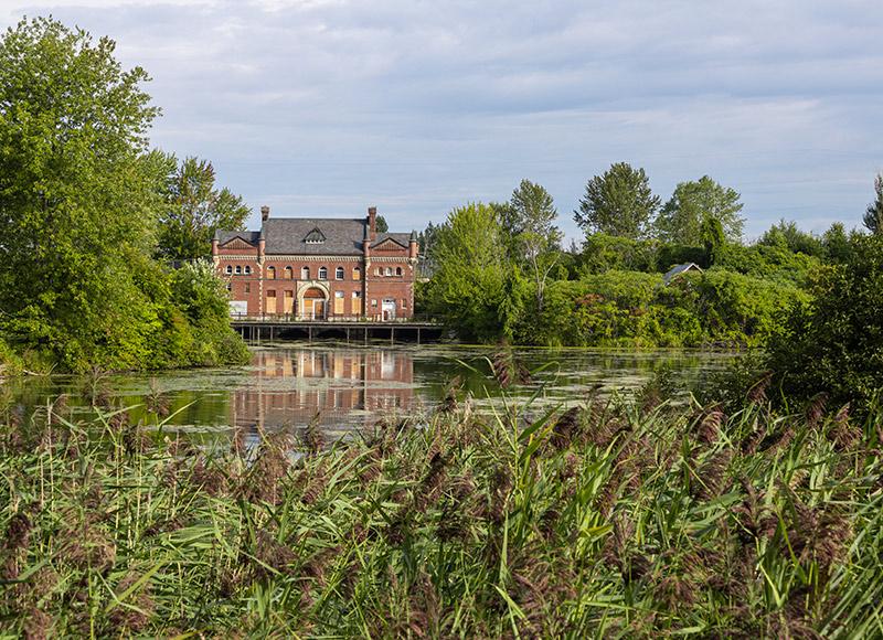 Petit pouvoir patrimoine industriel canal de Soulanges